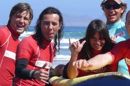 Offerta LANZAROTE SURF CAMP PRINCIPIANTI