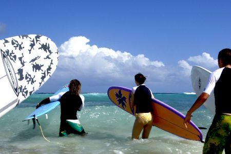 BARBADOS SURFCAMP A SURFER'S POINT