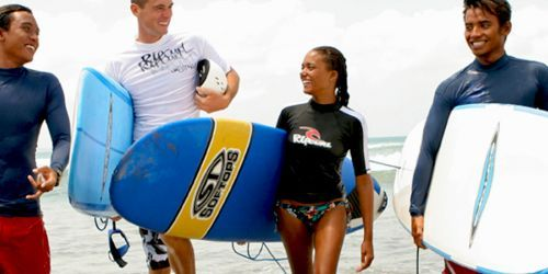 CANGGU SURF CAMP A PACK