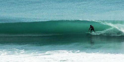 IL SURF IN PIPA
